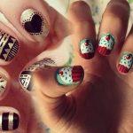 Haciendo arte en las uñas: «Uñas jersey»