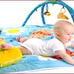 ¿Qué juguetes regalar a un bebé?