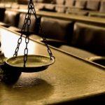 Descubre los beneficios de estudiar derecho