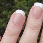 Luce manos perfectas con las uñas postizas de Nailene Daily Wear Naturals