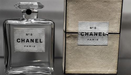 perfumes moda